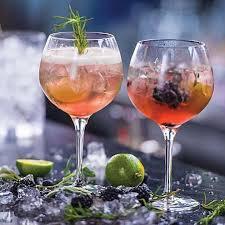 DRINKS AT THEBAR
